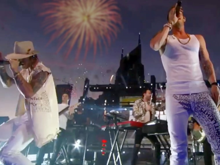 FGL & The Chainsmokers on Rooftop For CMT Music Awards