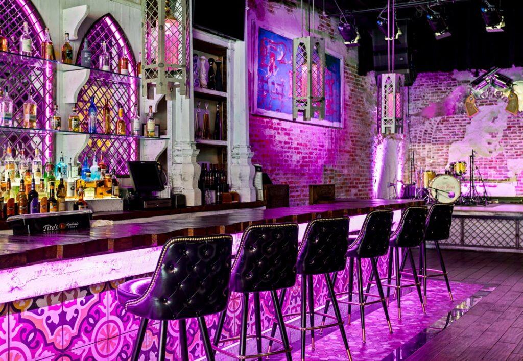 Casa Rosa Bar